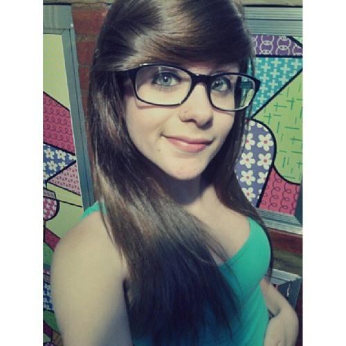 ana cclara's avatar