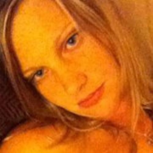 Kimberly Ochester's avatar