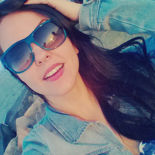 Lanie Camilo's avatar
