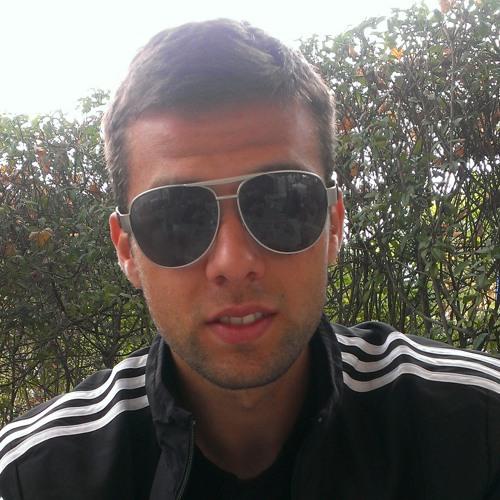 luvo19's avatar