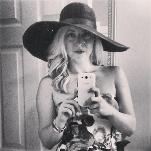 Justine Humphries's avatar