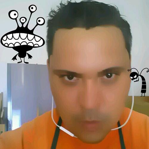 Daniel Bueno Ruiz's avatar