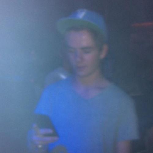 DJ V-RED's avatar