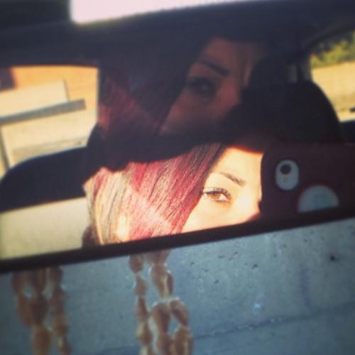 Lindsey_1185's avatar
