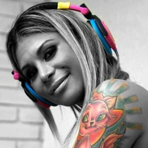 DJ Cindy Salles's avatar