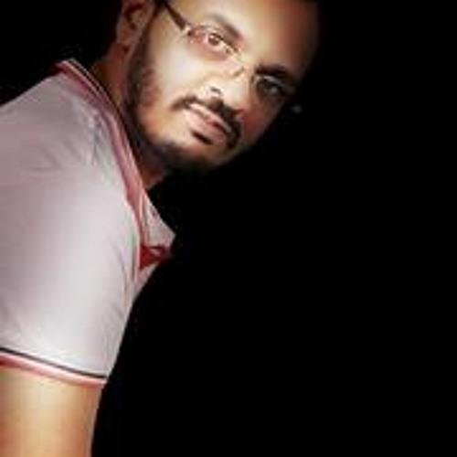 Usuf Qureshi's avatar