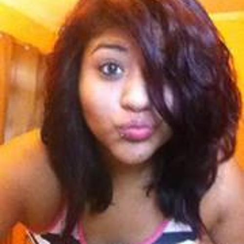Paola Moreno 16's avatar