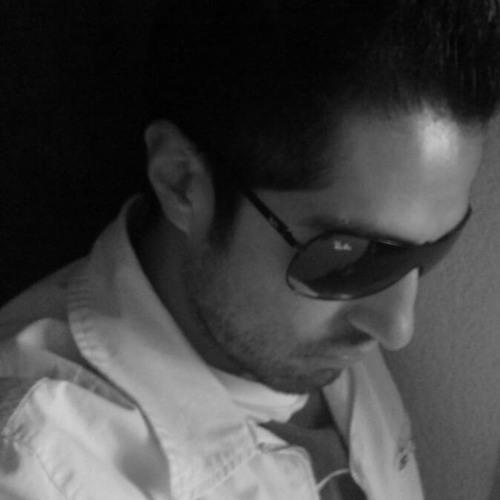 Miguel Nieves 1's avatar