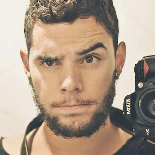 Victor Bacélar's avatar