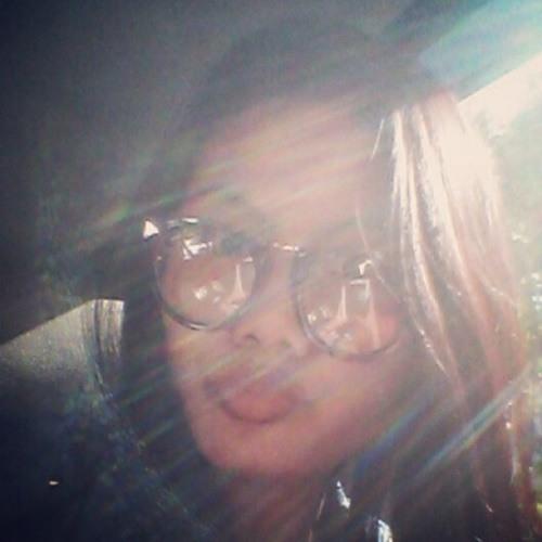 Suci Arini's avatar