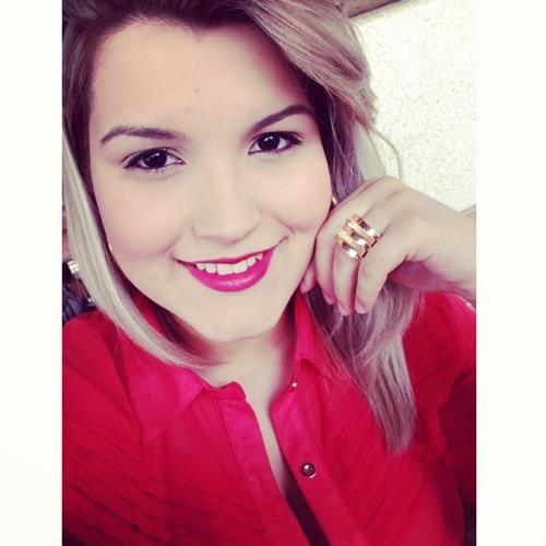 Caila Carim's avatar