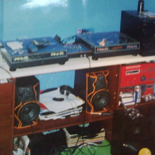 DJ  GAGZ's avatar