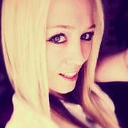 EzZaa Minogue's avatar