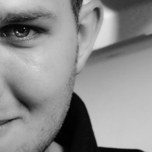 Cleov, Marlon Hoffstadt - Kill For Love