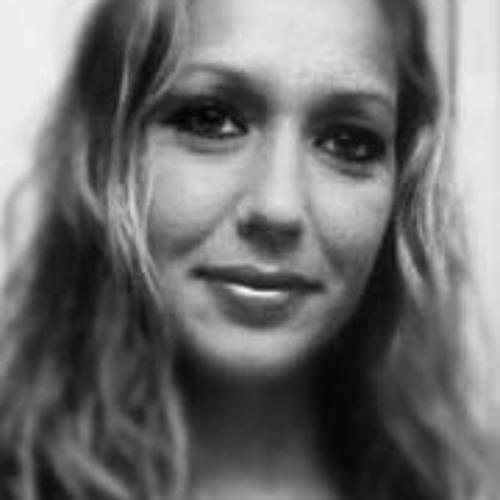 Jenn Hogue's avatar