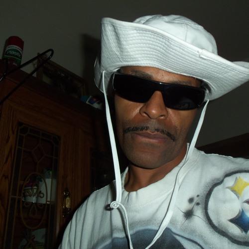 Jewl Jordan's avatar