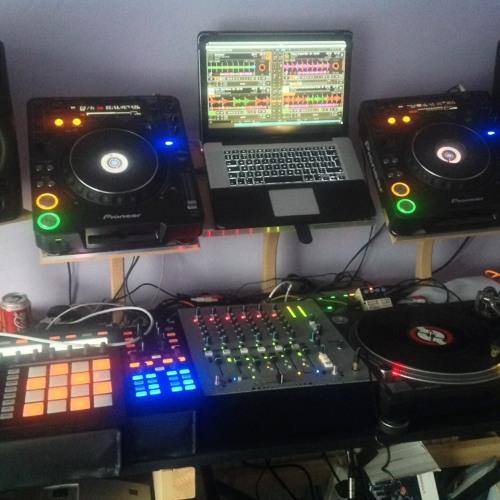 DJ IGATRON's avatar