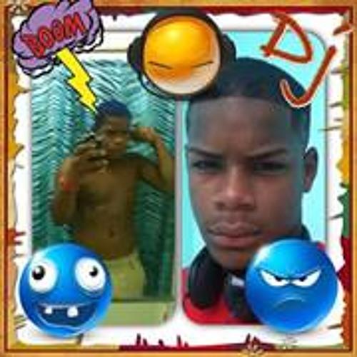Manyer Rivera's avatar