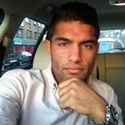 yaserezat's avatar