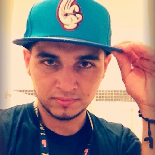 Daddyy Velasquez's avatar