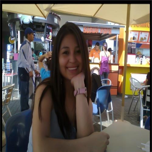 Madelyn Velapatiño's avatar
