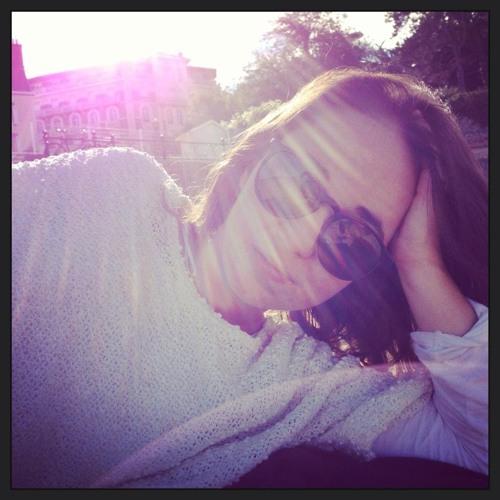 Lucie BM's avatar