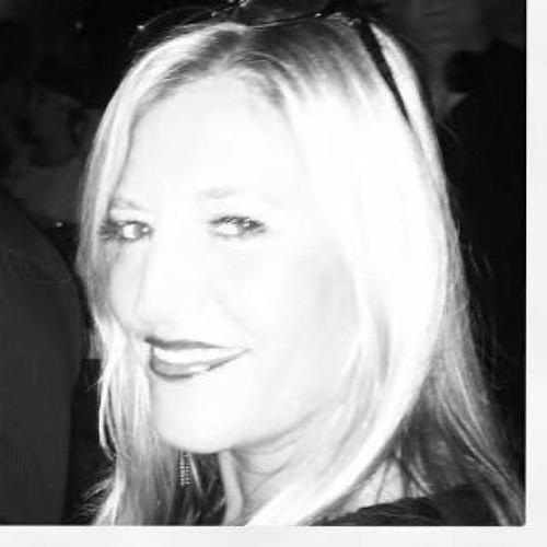 Karen Melville's avatar