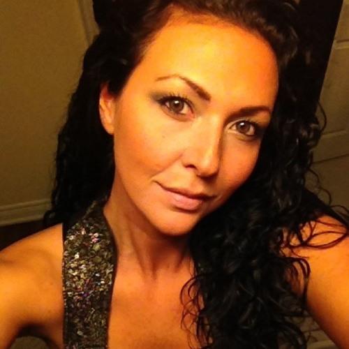 Andrea Van Ryn's avatar