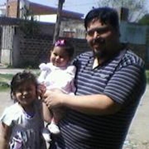 RiKardo Villarreal's avatar