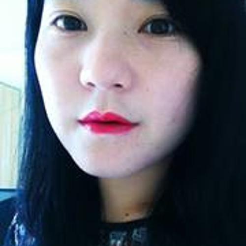 Yu Zhang 14's avatar