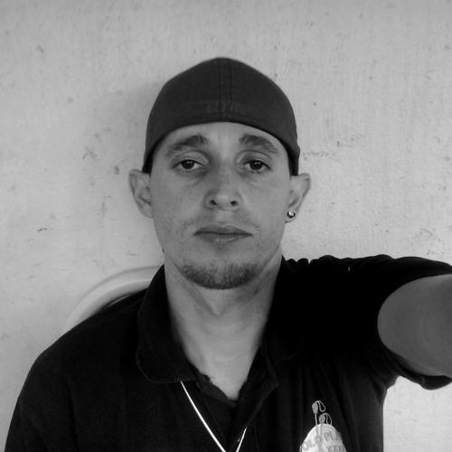 Carlos Marques 22's avatar