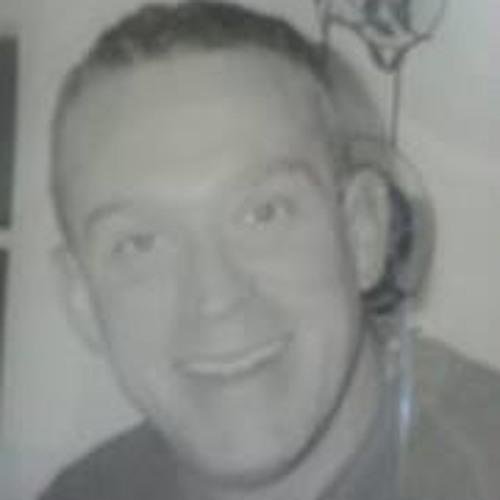 Kevin Brandon 3's avatar