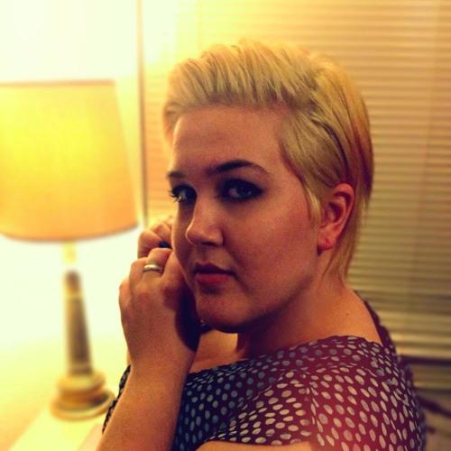 Roxie White's avatar