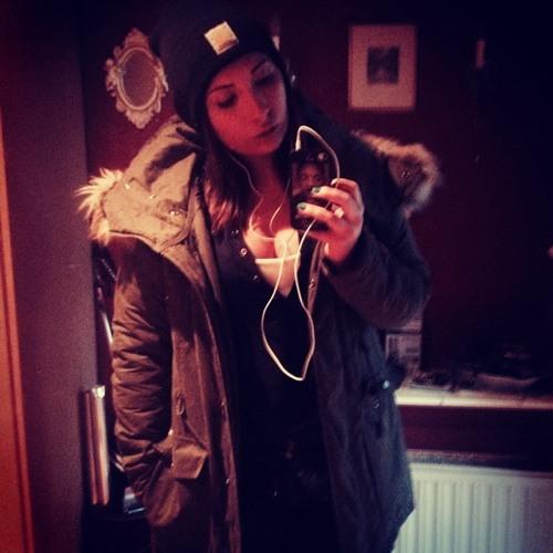 Denise Sara T's avatar