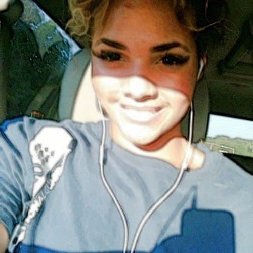 Alexis White 19's avatar
