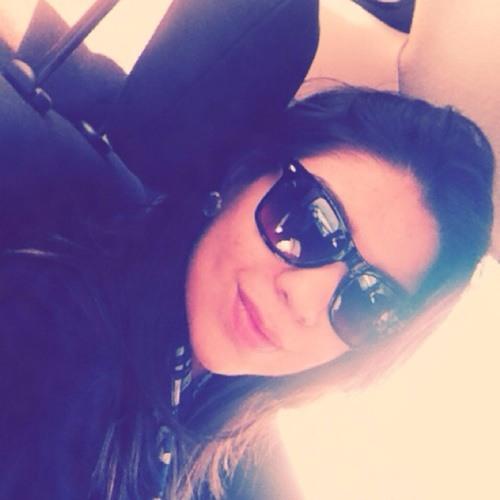 Mayara Loureiro 1's avatar