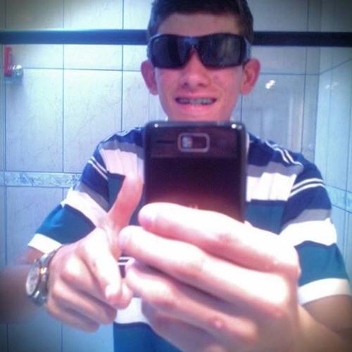 Guilherme Gonçalves 66's avatar
