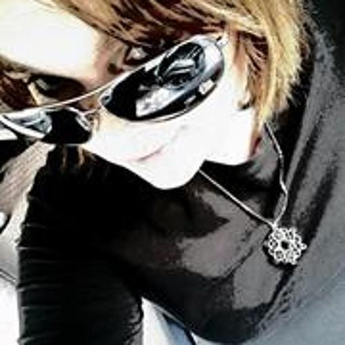 Sarah Burgess 12's avatar