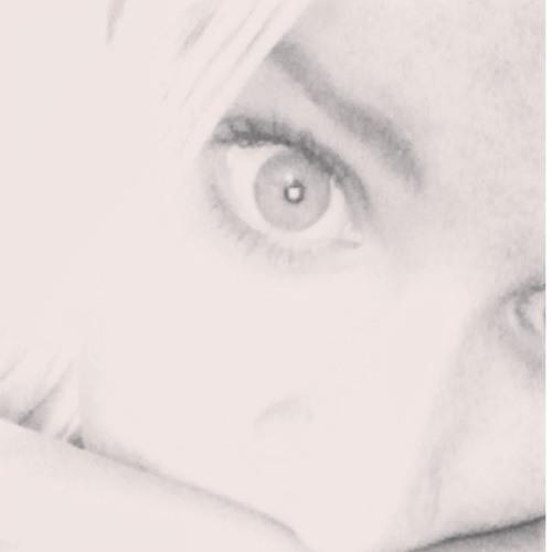 Martine Amelia Le Page's avatar