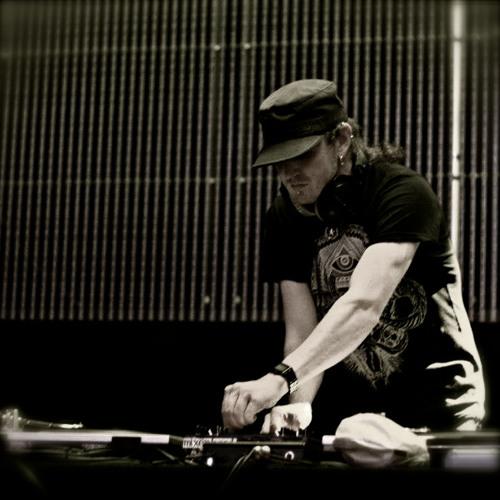 DJ Luminal's avatar