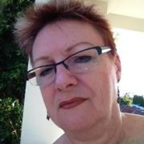 Jeanette Wood 2's avatar