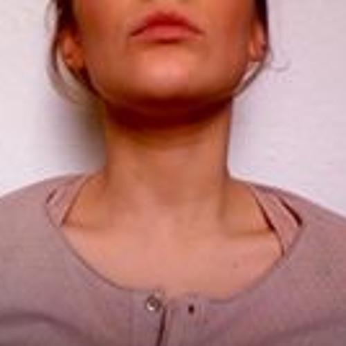 Lara Ha 3's avatar