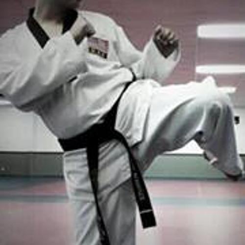 Lionel Carlos Sanchez's avatar