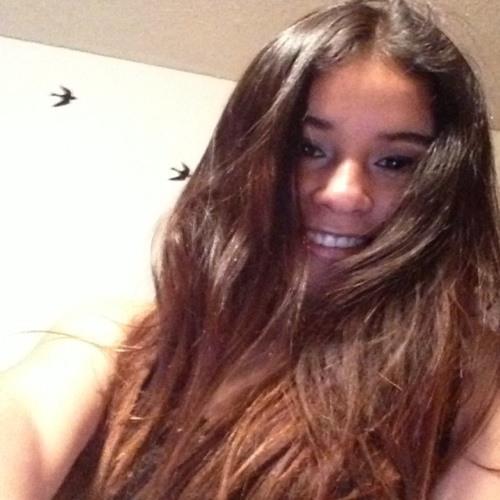 Paola Suarez 17's avatar