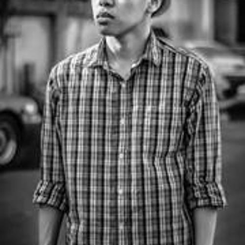 Hussnie Omar's avatar
