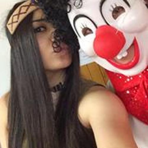 Veronica Azer's avatar