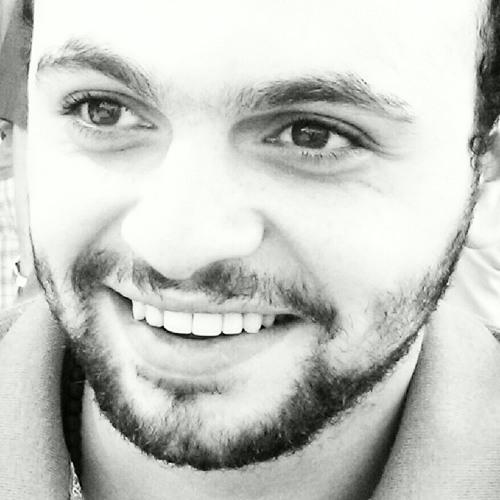 azmoikakeem85's avatar