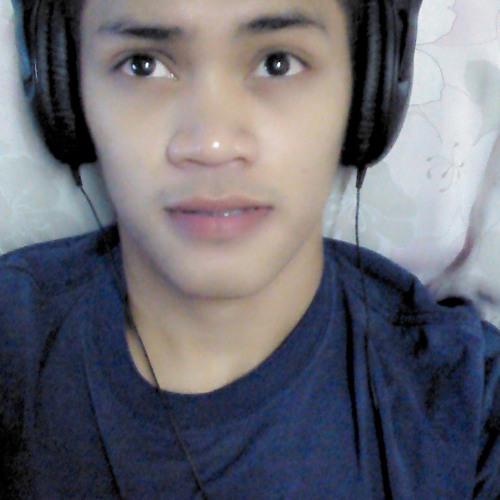 Raynold Domingo's avatar