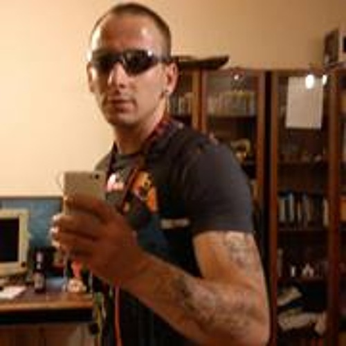 Daniel Kubitzki's avatar