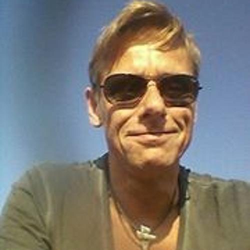 Nils Hahmann 1's avatar